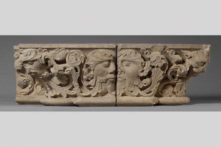 Kapitelle mit Blattmasken, Samsonmeister, um 1220, Benediktinerabtei Maria Laach.
