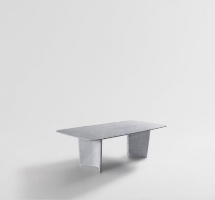 "Artedomus, Nick Rennie: table ""Wyrie""."