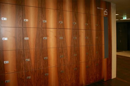 Wooden paneling for the lockers. Photo: Peter Becker