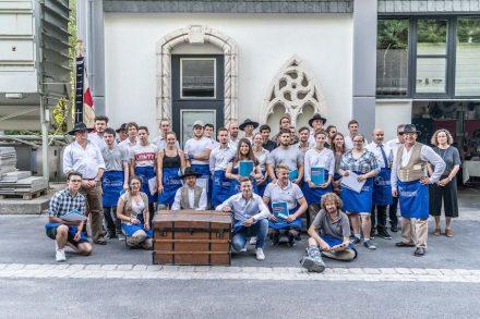 Für 29 Auszubildende des Steinmetzhandwerks endete die Lehrzeit nach 3 Jahren am Steinzentrum in Wunsiedel.