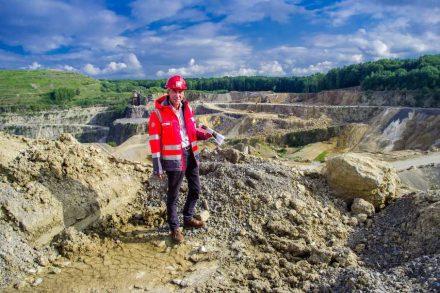 Managing Director Jörg Iseke in the quarry. Photo: Mikko Schimmelfeder