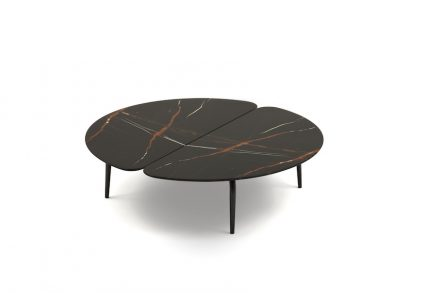 "Zanotta: new side table ""Graphium"" by desinger Garcia Cumini."
