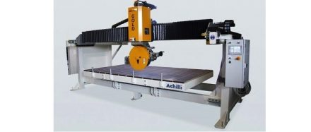 Monoblock bridge saw GOLD: High precision 4-axis or 5-axis monoblock bridge saw.