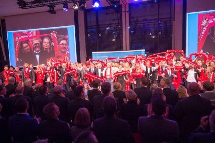 """""""Zukunft kommt von Können"""". Feier des Zentralverbands des Handwerks mit den Bundessiegern. Foto: ZDH / Volker Watschounek"""