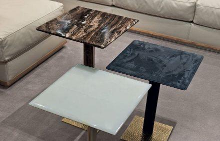 "Longhi: tables ""Yaki""."