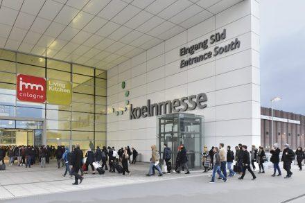 Eingang Süd zum Messegelände in Köln.