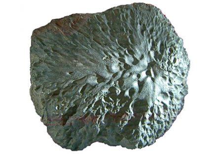 "Der Meteorit von Krähenberg ging 1869 im heutigen Rheinland-Pfalz nieder. Foto: LoKiLeCh / <a href=""https://commons.wikimedia.org/""target=""_blank"">Wikimedia Commons</a>"