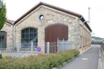 Hünfeld, ehemaliger Lokschuppen.