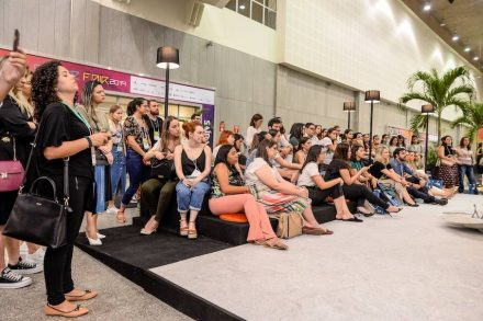 Forum der Firma Granos mit Designstudenten und jungen Designern.