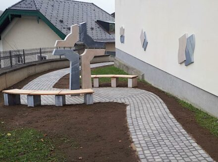 Entry by Bernhard Hasenöhrl: Four Elements Grove of Urns in Wals.