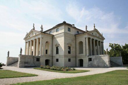 The villa ... by Andrea Palladio close to Vicenza. Photo:...
