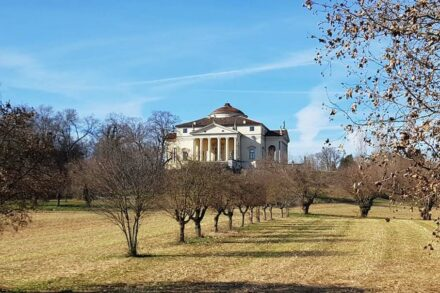 The Villa Almerico Capra, called: La Rotunda, build around 1570 close to Vicenza by Andrea Palladio, World Heritage. Source: Grassi Pietre