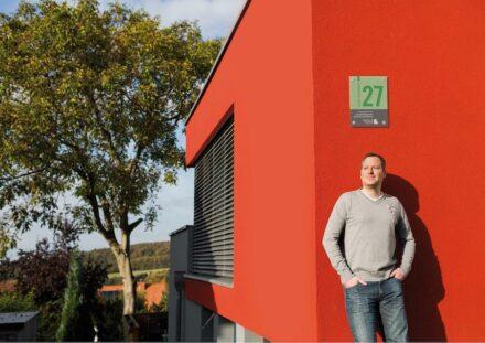 Die Grüne Hausnummer in Niedersachsen. Bild der Medienkampagne. Foto: Dawin Meckel