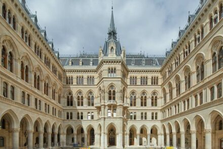 The Arcade courtyard in the Vienna City Hall.