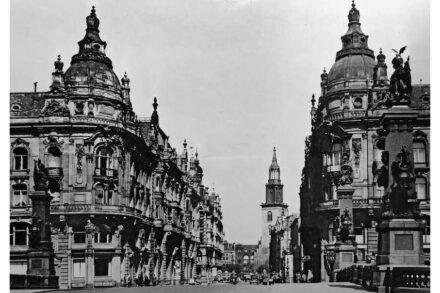 Kaiser-Wilhelm-Straße, um 1933...