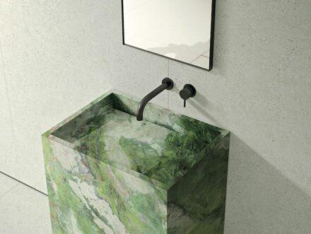 Ariostea: Brillant Green.