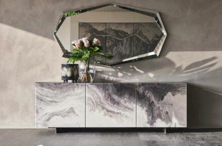"""Sideboard """"Sideboard """"Futura Crystalart"""", glass CY01."""