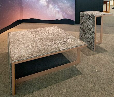 Brazil's furniture industry is making more and more efforts to include natural stone as a material in its products. Our photo shows one of the objects created in a design competition at the FIMMA trade fair in the state of Rio Grande do Sul.
