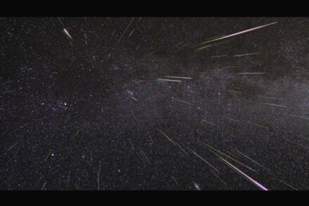 Ein Maximum der Perseiden-Meteore wird in diesem Jahr am 12. August erwartet. Foto: Nasa/JPL