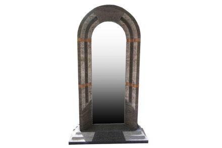 Tuna, David: Portalspiegel, KIRCHHEIM KUAKER MUSCHELKALK, L x B x H in cm: 130 x 35x 220.