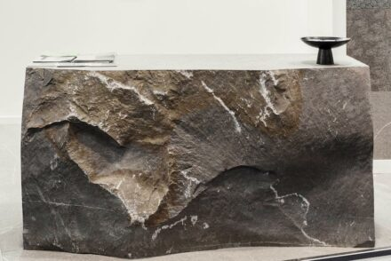 "Julia Marmi, designer Davide Vercelli: reception counter ""Mont""."