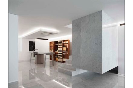 Fran Silvestre Arquitectos: Penthouse on the Iberian Costa del Sol.