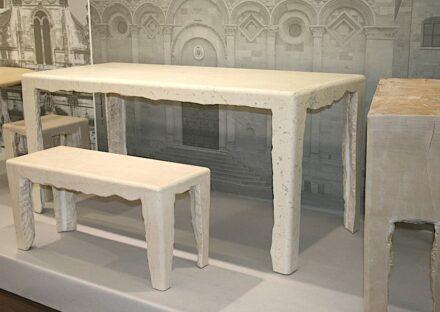 Schon seit Jahren präsentiert sich Italiens Steinbranche mit blankem Design-Unsinn, hier 2011 auf der Stone+tec in Nürnberg.