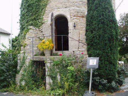 Der Federolfsturm in Eibelstadt, auch Dicker Turm genannt.