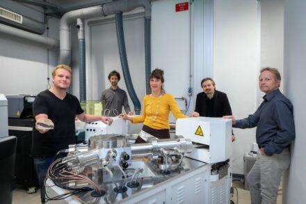 V.l.n.r.: Andre Baldermann, Florian Mittermayr, Dorothee Hippler, Ronny Boch und Martin Dietzel (alle TU Graz) analysierten neu entdeckte, geologisch sehr junge Ablagerungen am Steirischen Erzberg.