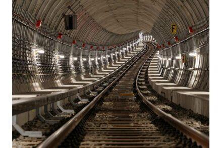Die neue Tunnelstrecke geht auf und ab. Foto: BVG