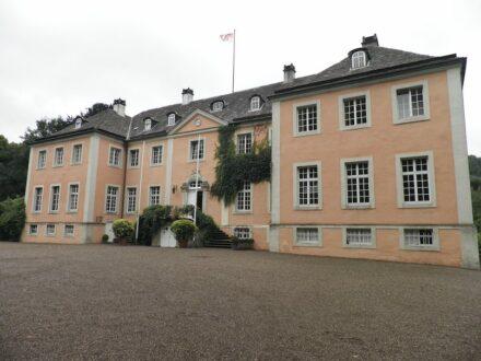Schloss Rheder in Brakel.