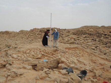 The platform during excavation. Source: MADAJ