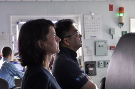 Co-chiefs Verena Heuer and Fumio Inagaki observe ocean floor drilling. Photo: JAM¬STEC/IODP