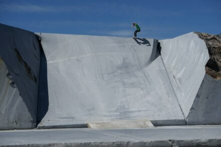 "Angelo Caro: ""Gap tailslide""."