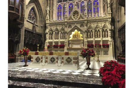 Renovierung / Restaurierung: Trinity Church Wall Street Chancel & Altar Restoration, New York, NY. Rugo Stone Lorton, VA.