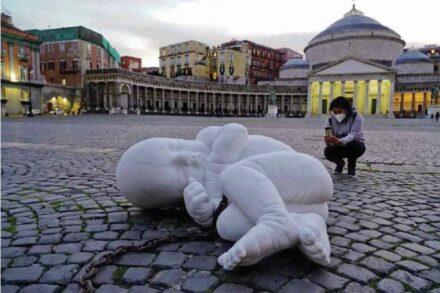 """""""Look-Down"""" von Jago, Neapel."""
