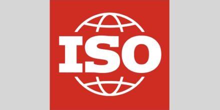 Das Logo der International Organization for Standardization, die auch für die bekannten ISO-Normen zuständig ist.