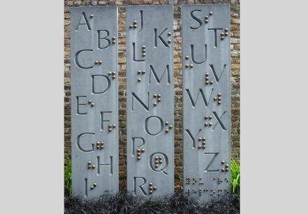 """Richie Healy: """"Braille Alphabet"""", Kalkstein."""