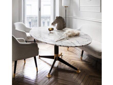 Dom Edizioni: Filippo dining table.