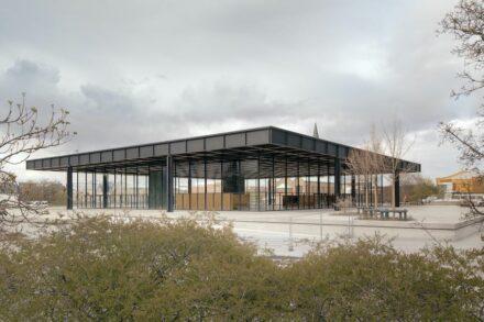 Die Neue Nationalgalerie nach der Sanierung. Foto Simon Menges / Büro Chipperfield