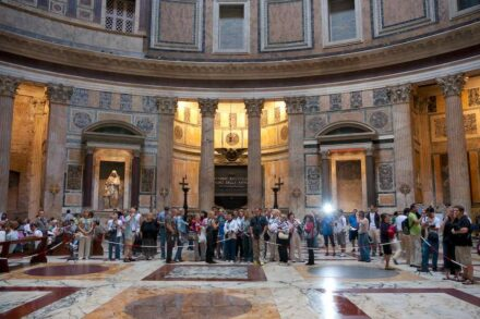 """The Floor in the Pantheon in Rome. Photo: Vadim Zhivotovsky / <a href=""""https://commons.wikimedia.org/""""target=""""_blank"""">Wikimedia Commons</a>, <a href="""" https://en.wikipedia.org/wiki/Creative_Commons_license""""target=""""_blank"""">Creative Commons License</a>"""