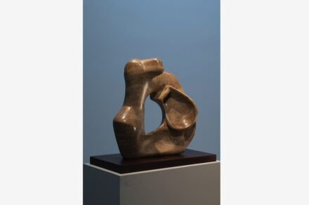 """Henry Moore, """"Mother and Child"""", 1978, Stalactite. Photo: Jonty Wilde"""