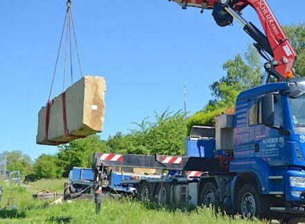 Disassembly and removal of the 14-ton sculpture.
