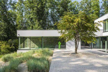 Grassi Pietre: villa in Belgium.