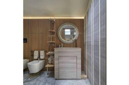 Studio Marco Piva, private home in the heart of Padua: guest bathroom.
